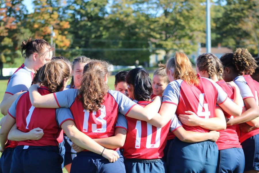 team huddle before game